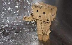 关于讨厌下雨天的心情说说 阴雨绵绵,对往事总会思绪万千。