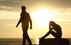 离婚发朋友圈的句子 发朋友圈暗示自己已经离婚的心情说说