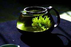 一个人静静喝茶的句子 一个人一杯茶一种心