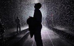 下着倾盆大雨怎么发个说说 倾盆大雨心情说说