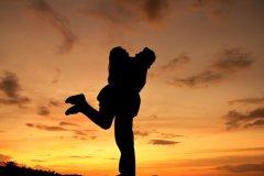 情侣空间留言给女朋友-给女朋友的暖心留言