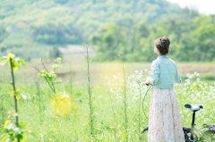 祝美女越来越漂亮句子 夸赞女人最经典句子