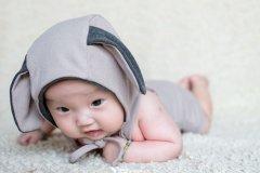 宝宝100天邀请短信 儿子百日宴微信通知简单