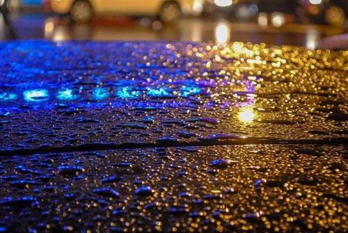 雨夜的感慨 一句话表达雨夜的心情
