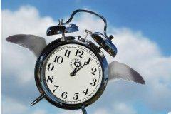 时间像什么过得飞快-比喻时间过得飞快