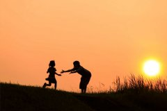 关于爱一个人的说说-喜欢一个人的句子说说