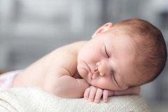 晒宝宝照片说说简单话语-个性说说一句话简