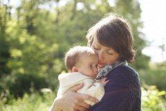 当妈妈不容易心情说说-当妈妈后的心情说说