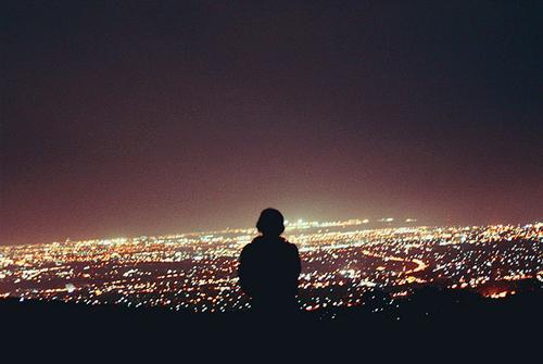 祝你幸福的说说-夜晚一个人伤心的说说