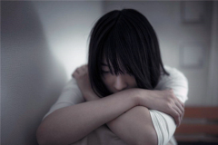安慰一个人心里难受的话-别人伤心怎么安慰