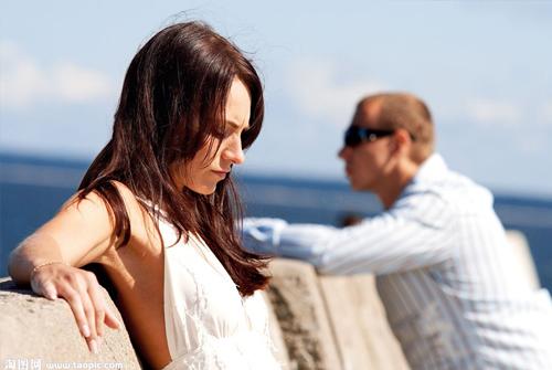 对婚姻绝望想离婚的句子-对婚姻失望对老公绝望的句子说说心情短语