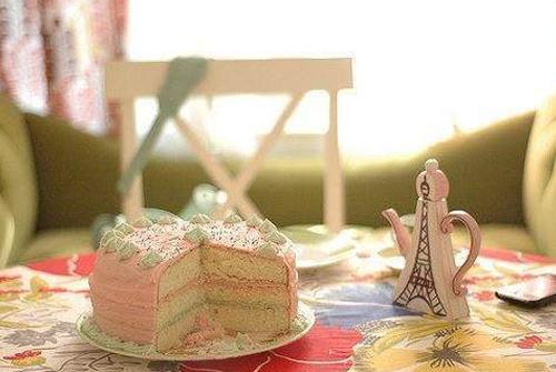 祝福朋友生日快乐的句子-祝福朋友生日快乐的句子简单