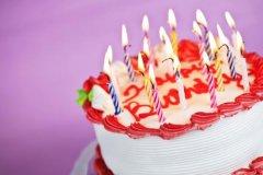 宝宝第个一生日感言-宝宝1岁生日简短感言