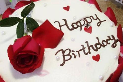 老公生日祝福的话语,句句暖人心-经典的生日快乐祝福语大全